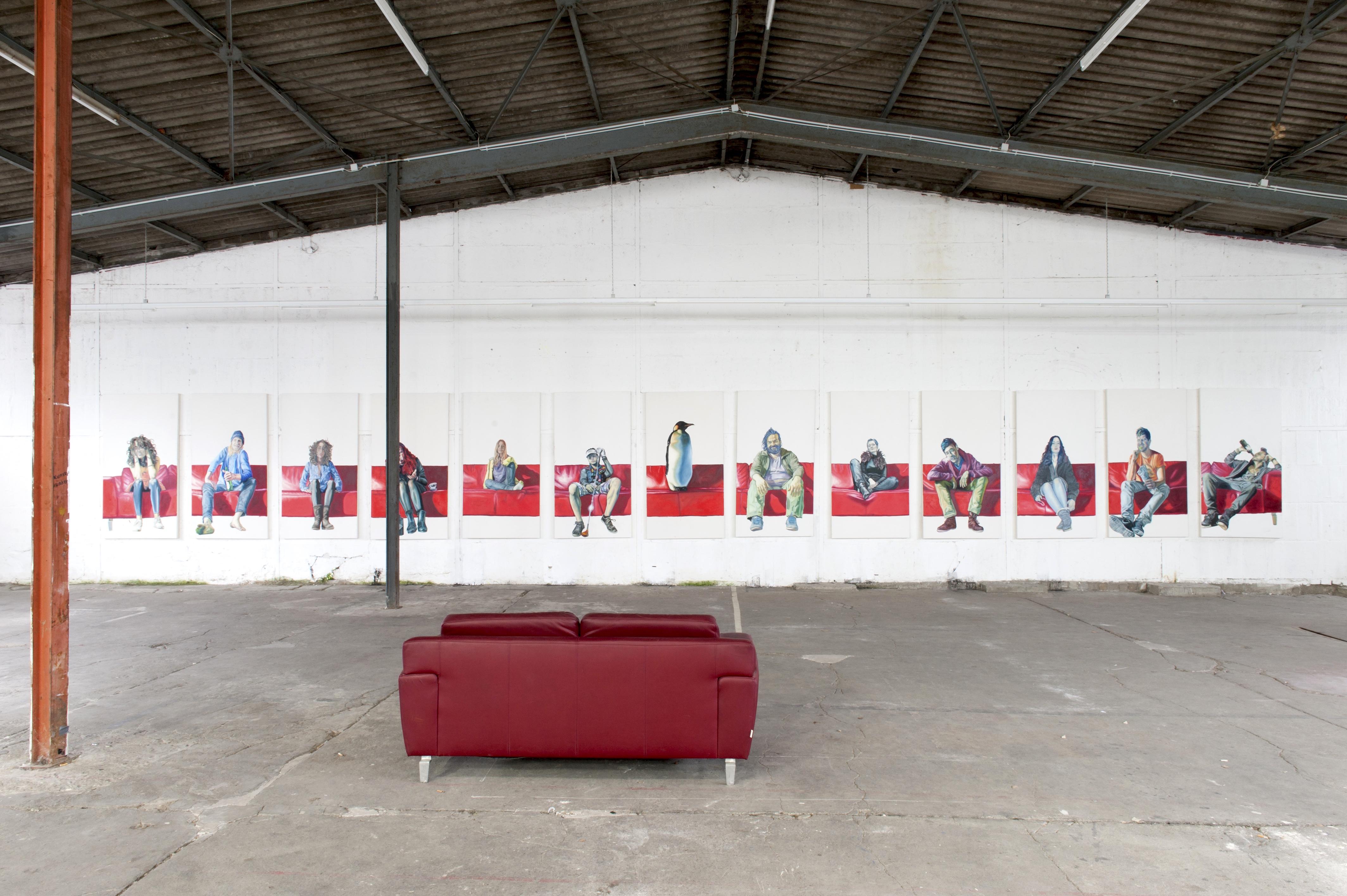 Rotes Sofa . Kunst Düsseldorf